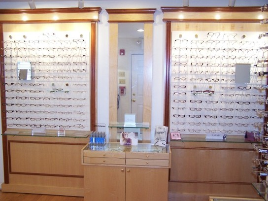 Eye Exam, Designer Eyeglasses, Contact Lenses, Family Eye Care Serving the Trevose, Longhorn, Feasterville, Pennsylvania, areas.